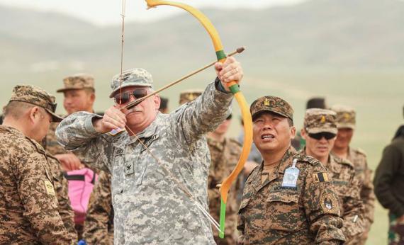 """""""Хааны эрэлд"""" бэлтгэл сургуулилтад оролцогчид нь энхийг сахиулах ур чадваруудаа хөгжүүлэхийн зэрэгцээ Монголын соёл, түүх, уламжлалаас суралцлаа."""